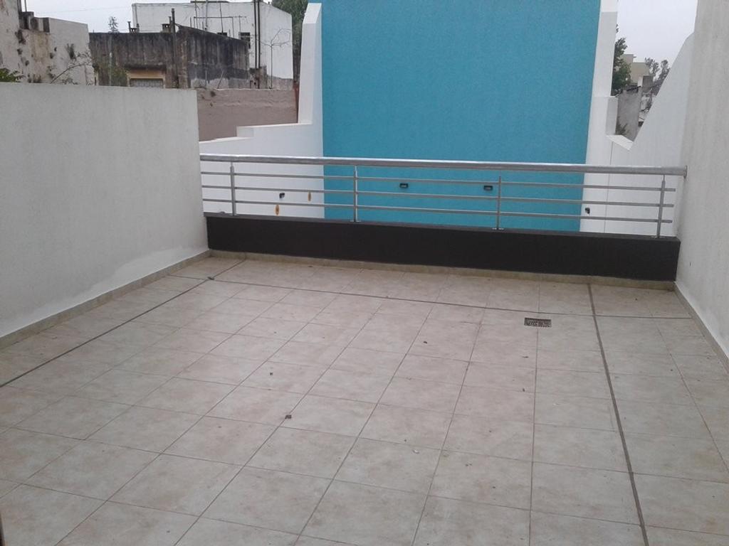 Villa Luro/Liniers Departamento 2 ambientes con 2 patios A ESTRENAR