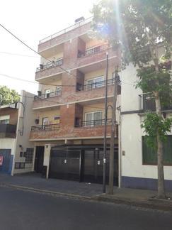 ALQUILER DEPARTAMENTO DE 2 AMBS CON COCHERA EN VICTORIA