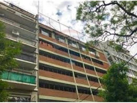 DUEÑO DIRECTO VENDE. Excelente cochera FIJA Y CUBIERTA, UF 80, ubicada en el 4to. piso de edificio d
