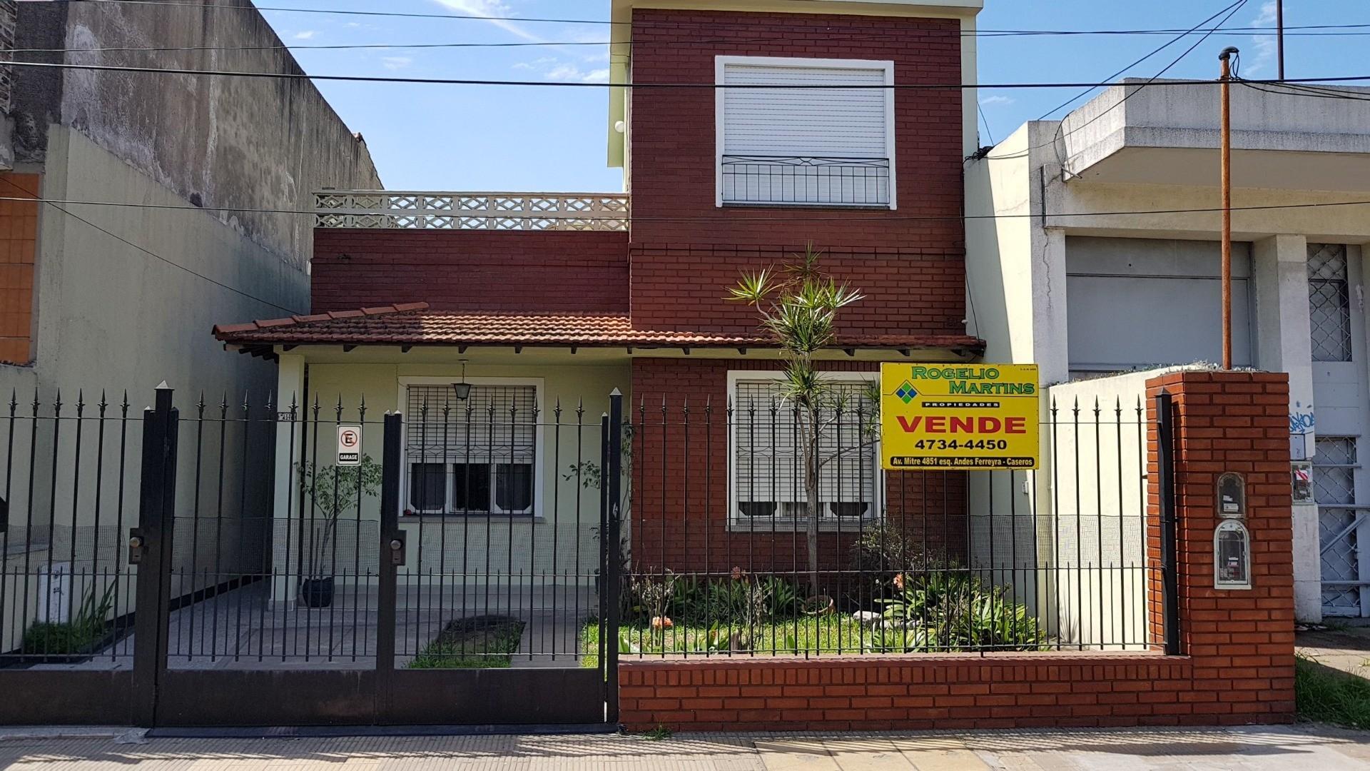 Casa en Venta en Caseros - 5 ambientes