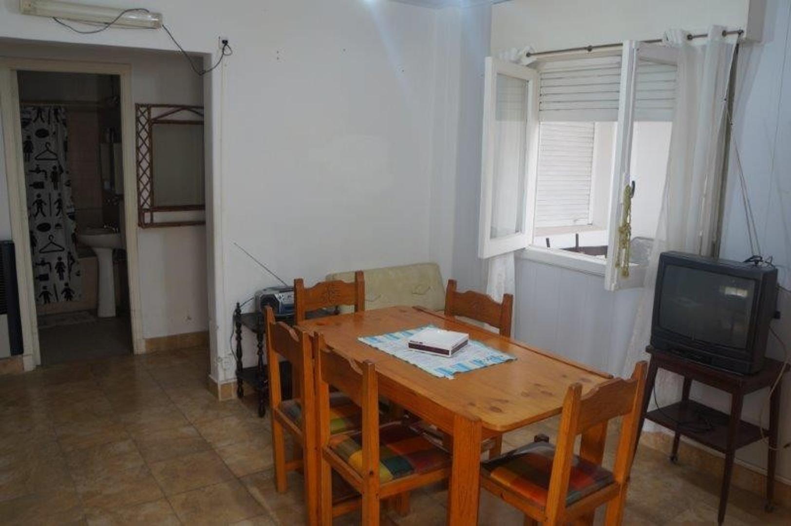 Departamento en Venta en Plaza Rocha - 3 ambientes