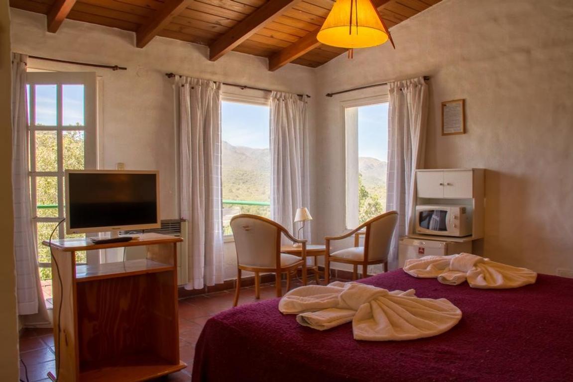 8 cabañas y 8 suites 3*
