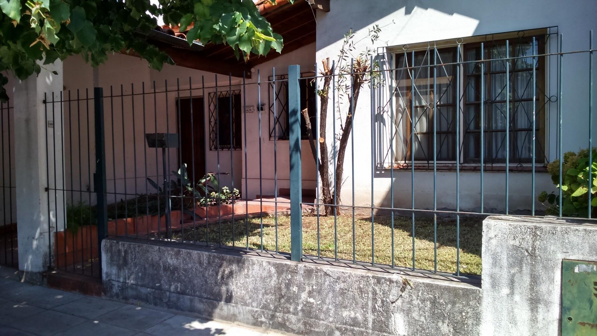 Casa en Alquiler en Olivos Maipu/Uzal