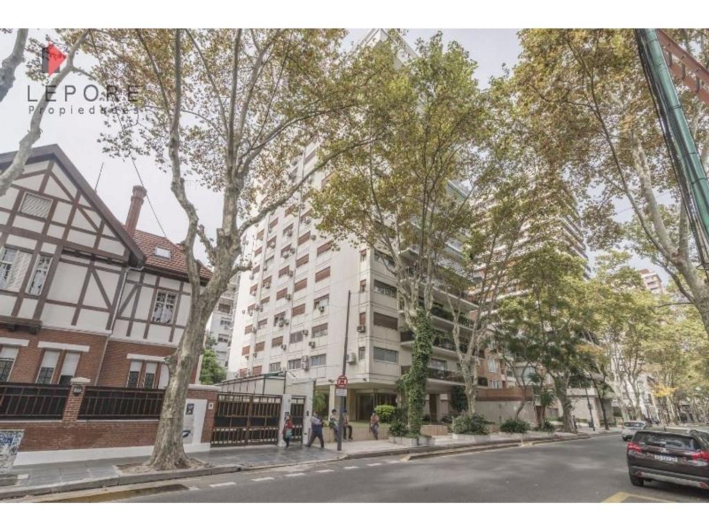 Departamento 4 ambientes c/dep en Belgrano