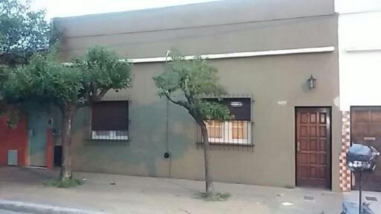 Casa 3 ambientes Ramos Mejia Sur