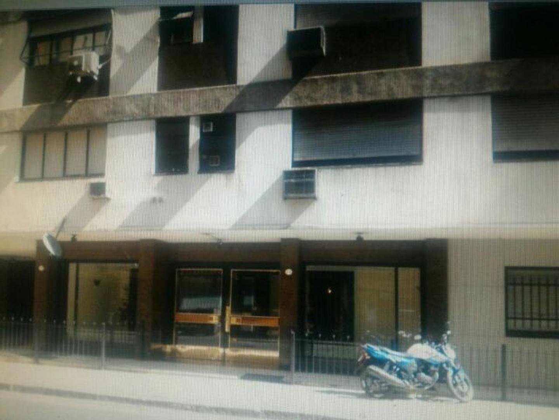 Departamento - Alquiler - Argentina, Capital Federal - Av. Eva Perón  AL 1700