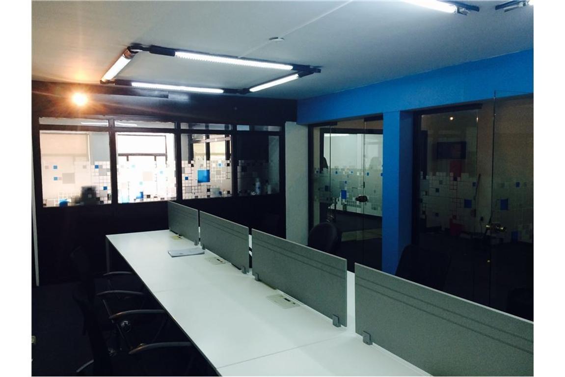 Oficina en Microcentro - Impecable