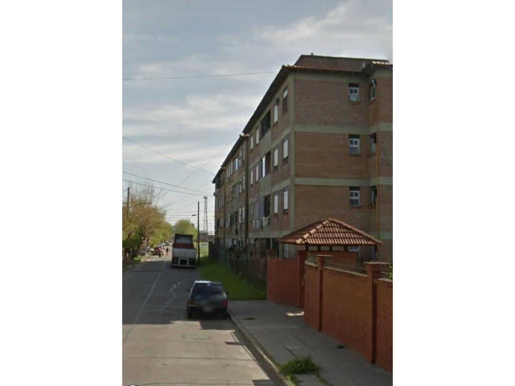 Apto credito ** 3 ambientes con balcon semicubierto