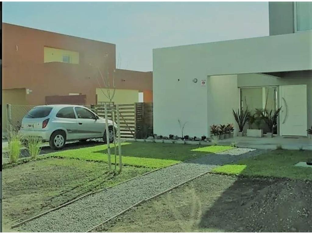 Barrio: Casas de Santa María IV