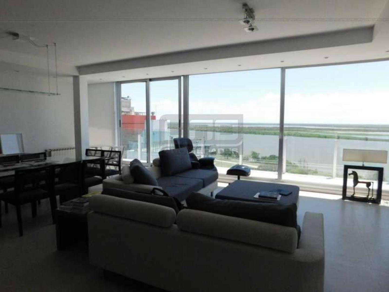 Guemes y Dorrego - Dpto de 3 Dormitorios Externo con Vista al Río. Con cochera. Vende Uno Propiedad