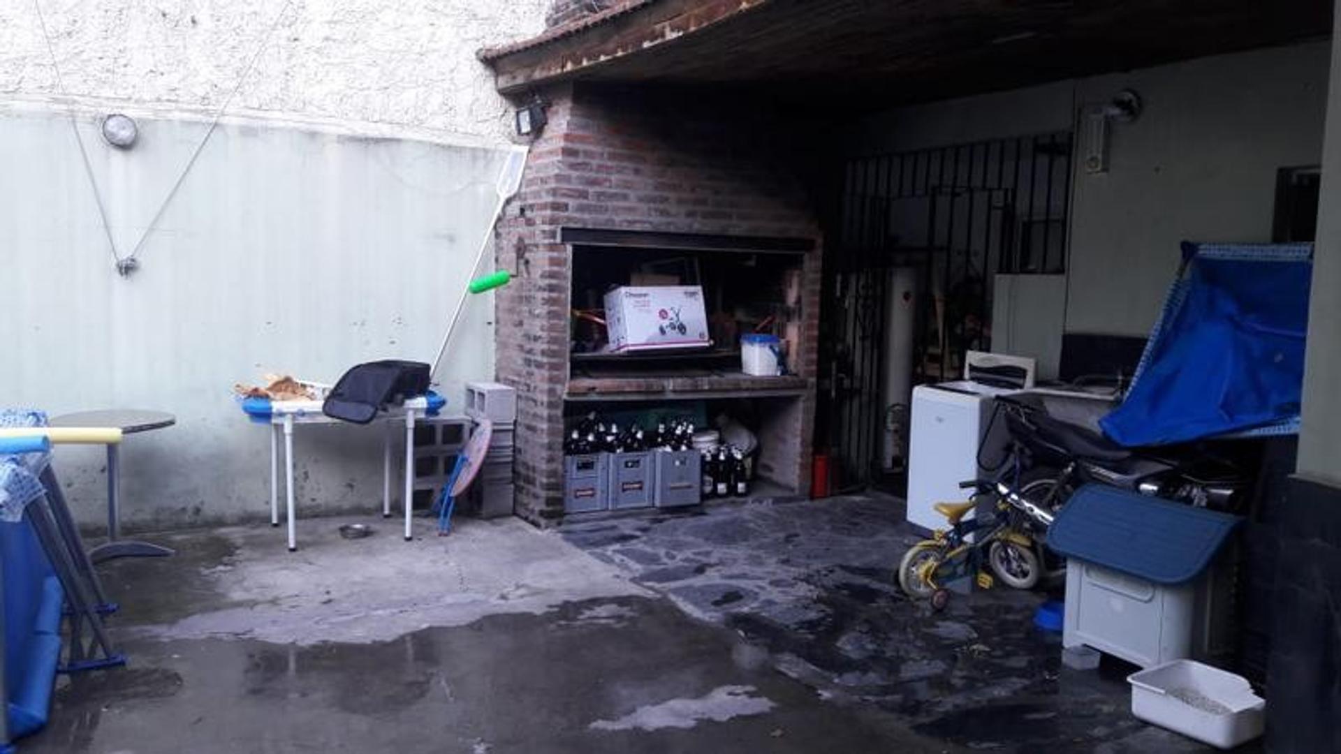 Casa en Venta - 5 ambientes - USD 280.000
