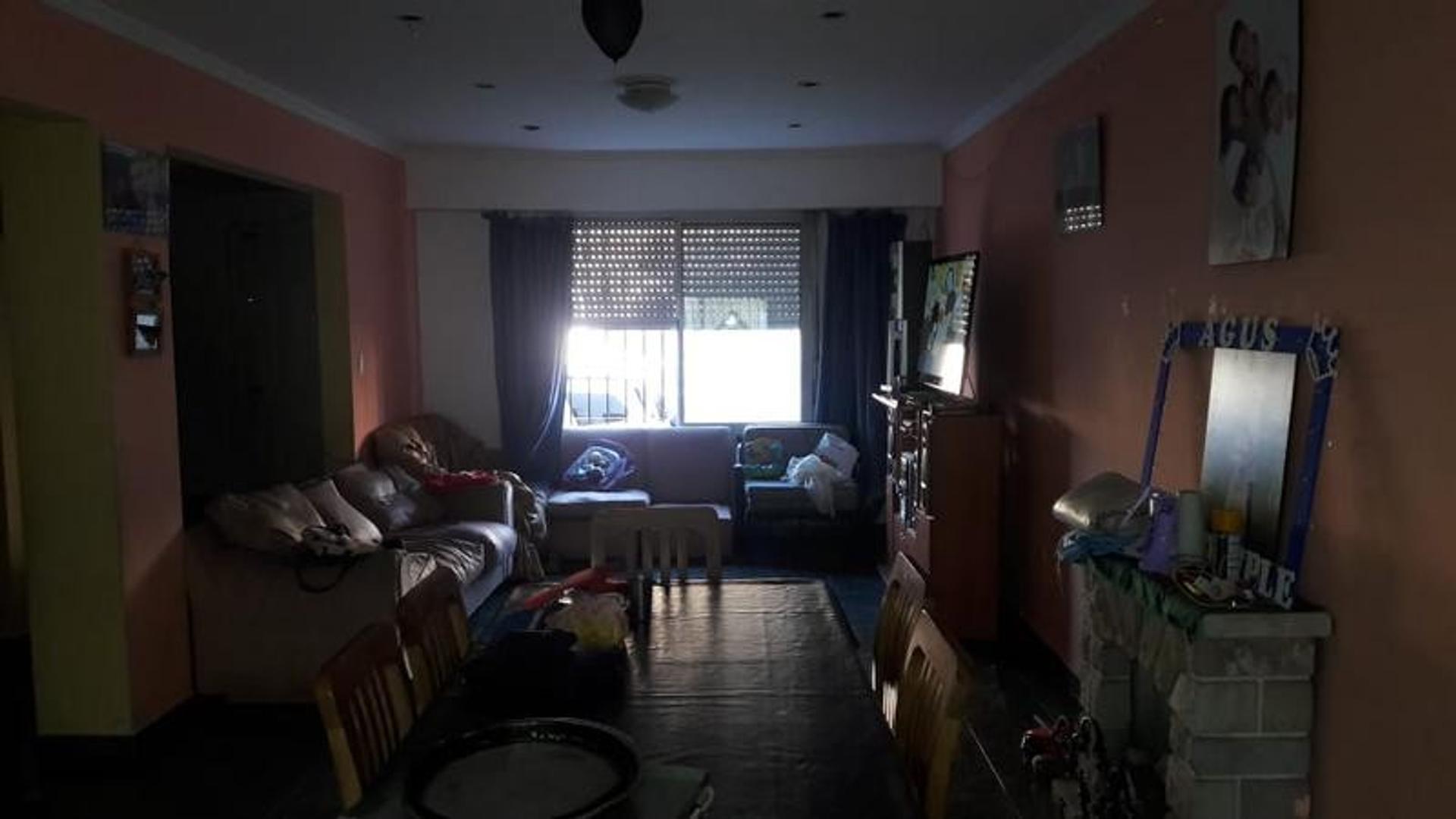 Casa - 4 dormitorios | 20 años | 3 baños