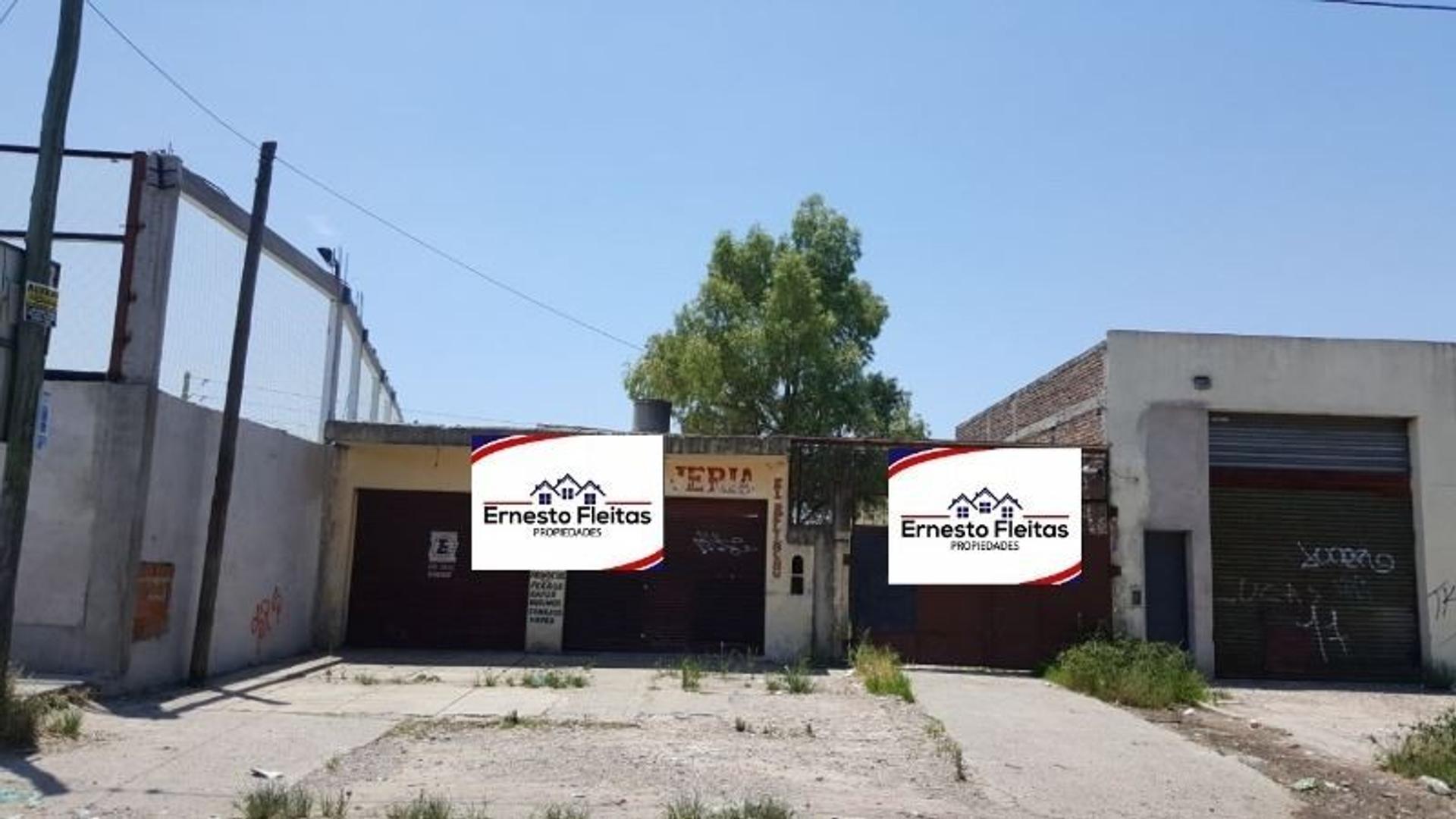 Hugo Wast e/ Racunda , Kilometro 38, Virrey del Pino. Propiedad con dos Locales y un Depto al fondo