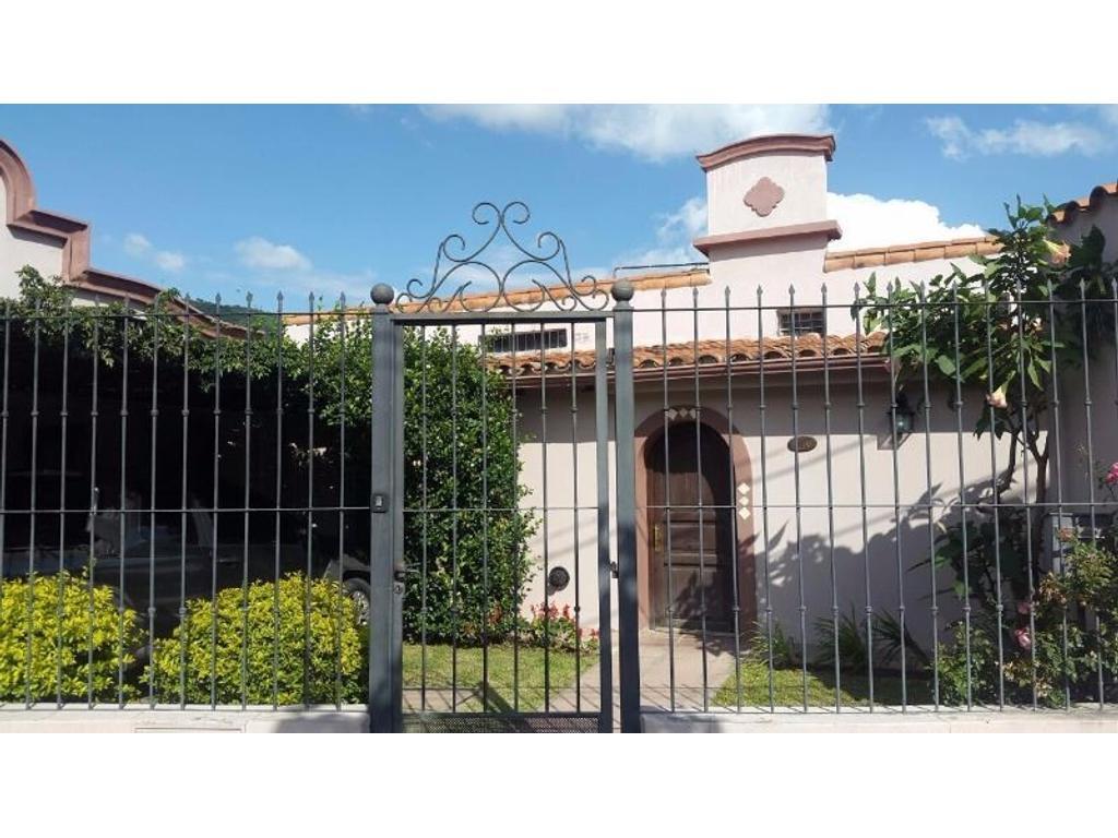 Casa en VENTA en Tres Cerritos