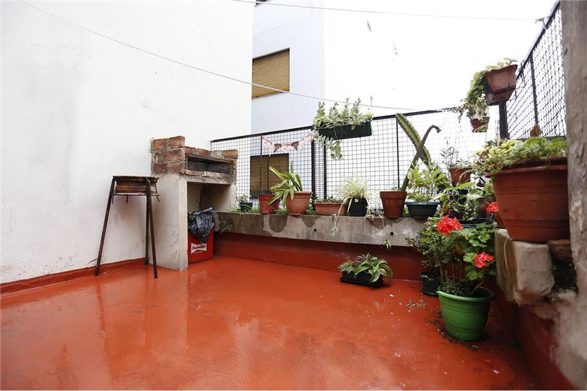 Venta Almagro 2-3 ambientes c/ terraza Parrilla