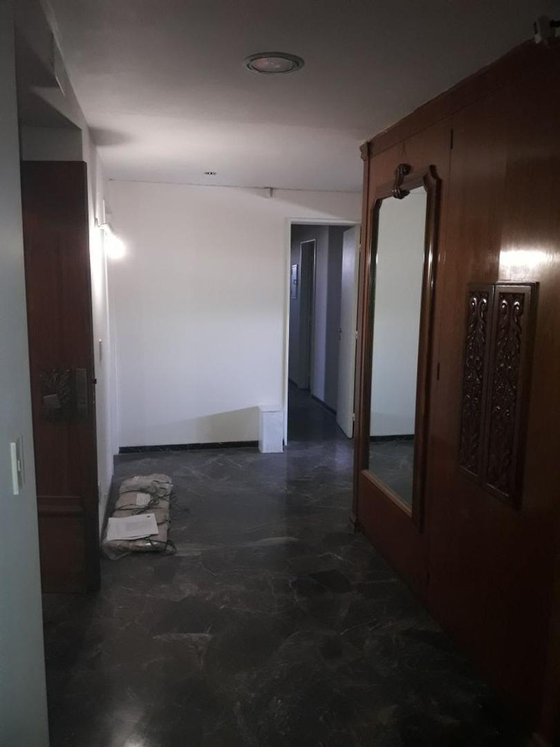 Departamento en Venta en Mendoza - 9 ambientes