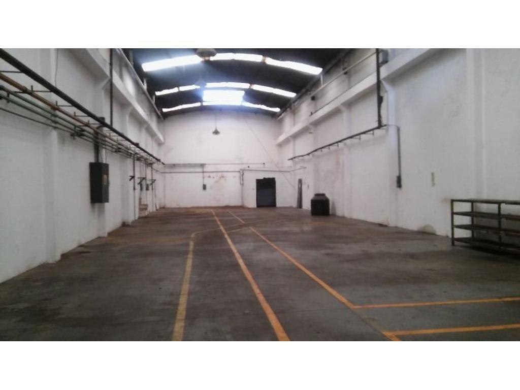 Industria / Galpon Alquiler 550 m2