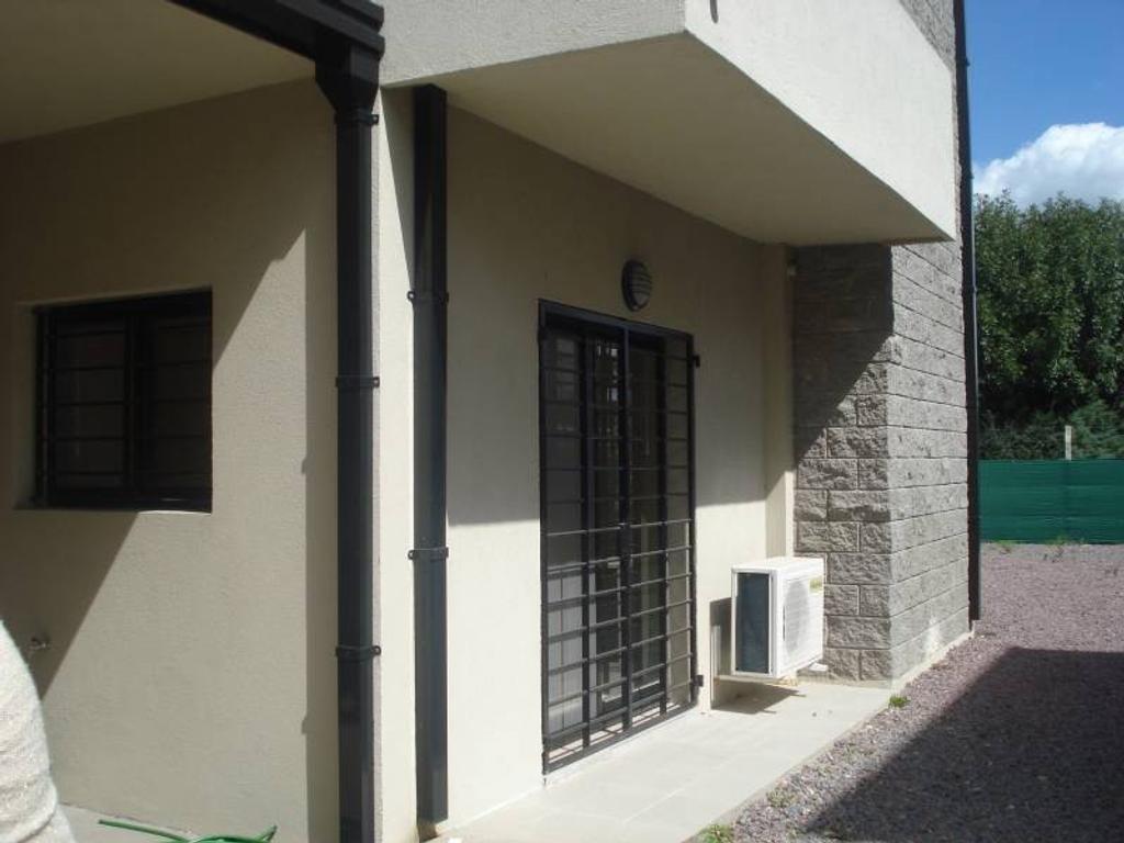Excelente departamento - Pilar - Venta - Salta y San Luis