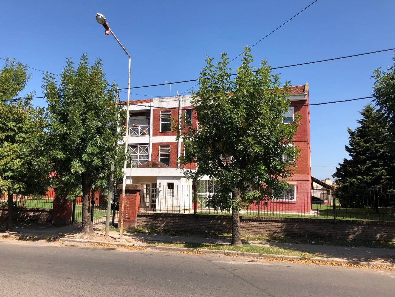 Departamento en Venta en Ciudad Evita - 4 ambientes