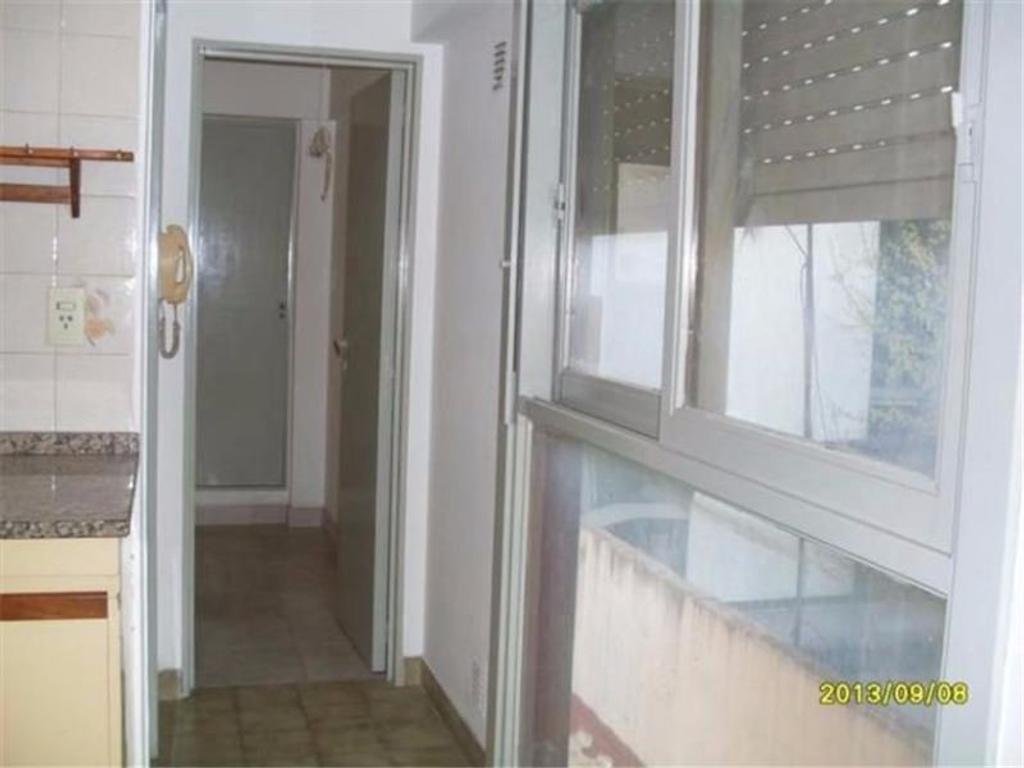Departamento en Ramos Mejía, La Matanza, Buenos Aires USD 78000 - Necochea 200 (Código: 486-370)