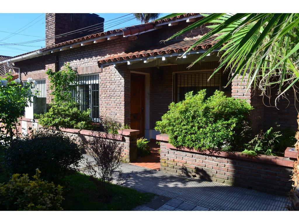 Hermoso Casa-PH de 3 ambientes con patio en Haedo Sur