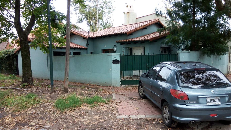 Casa  en Venta ubicado en Beccar, Zona Norte - OLI1832_LP164958_1