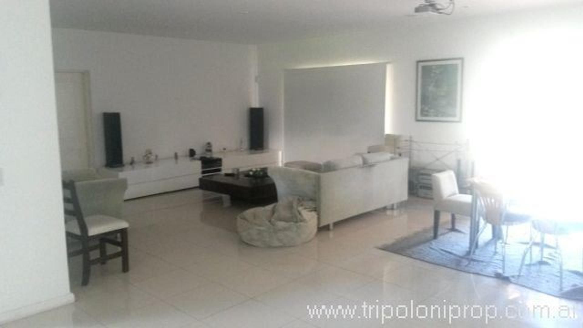 Casa en Venta en Galapagos - 5 ambientes