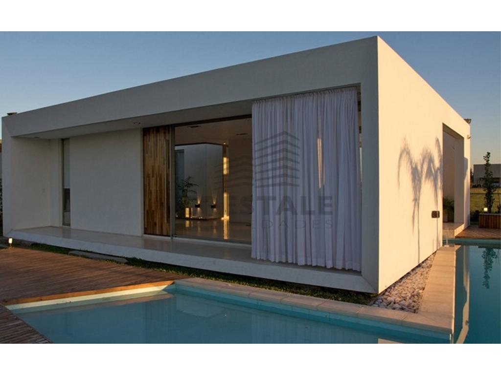 Puerto Roldán - casa 1 dormitorio a la venta