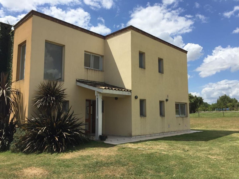 Casa  en Venta ubicado en Altos de Manzanares, Pilar y Alrededores - PIL3642_LP121090_1