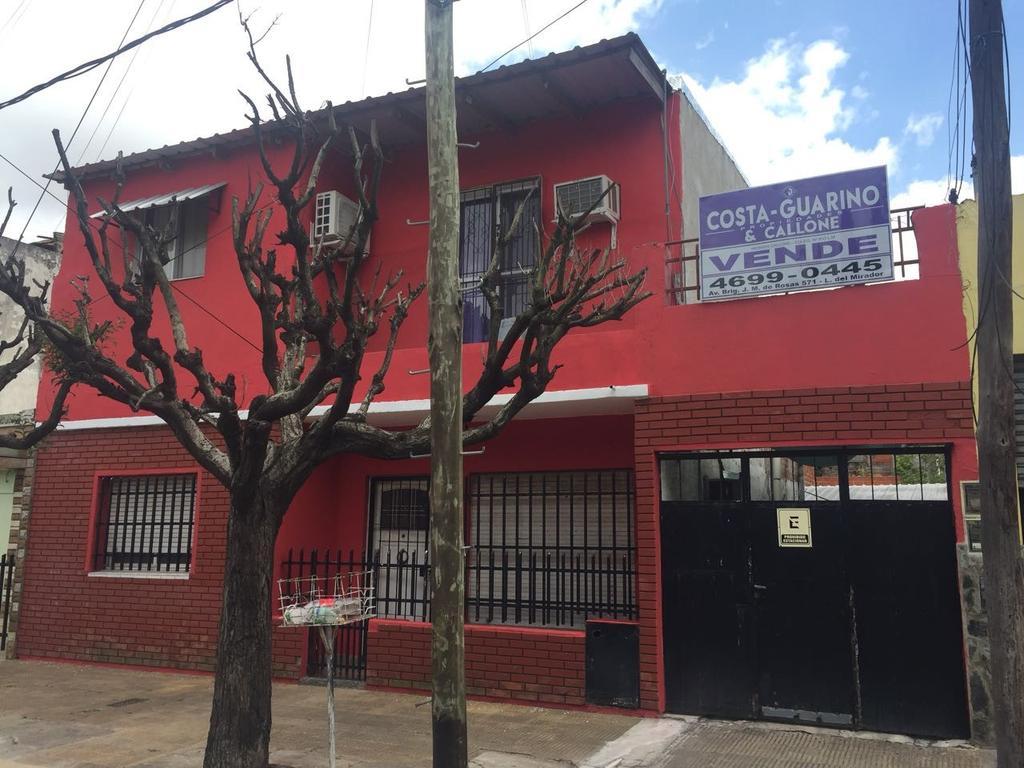 CASA 4AMB C/PATIO, GARAGE Y TERRAZA