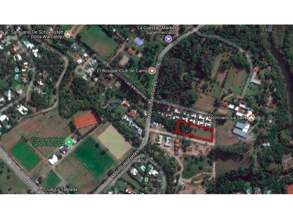 Terreno en Villa Warcalde para desarrollo
