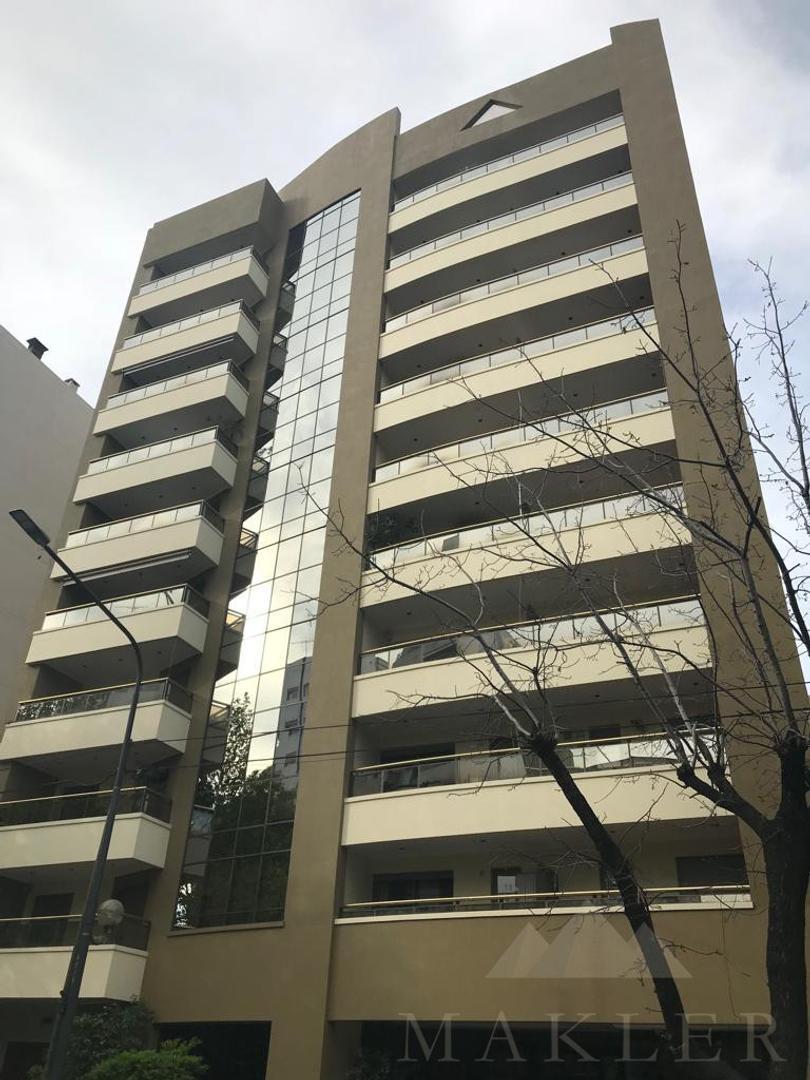 Departamento en Venta en Plaza Moreno - 3 ambientes