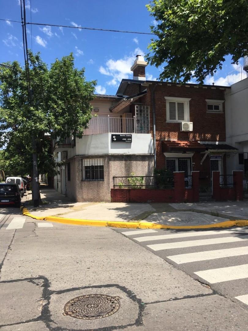 Hermoso PH en inmejorable ubicación, entrada independiente por Beniito Juarez 4108