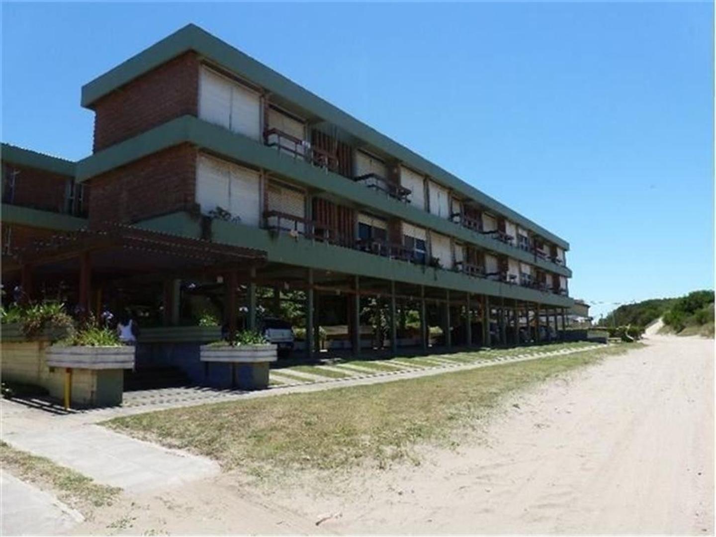 V.Gesell Norte sobre la playa.DUEÑO DIRECTO.3 amb c/ balcón y cochera cubierta.Juegos y pileta niños
