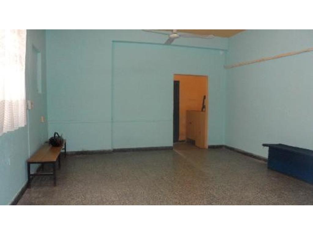 Alquiler Oficinas   Por Pasillo 2,5x0,80cm Contrafrente Próximo Shopping  Dot Baires