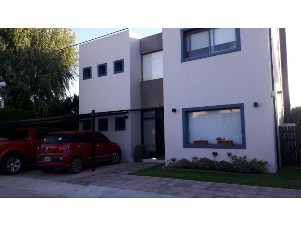 Casa en venta en venado 1 hermosa casa de 4 amb con for Parrilla casa de coco