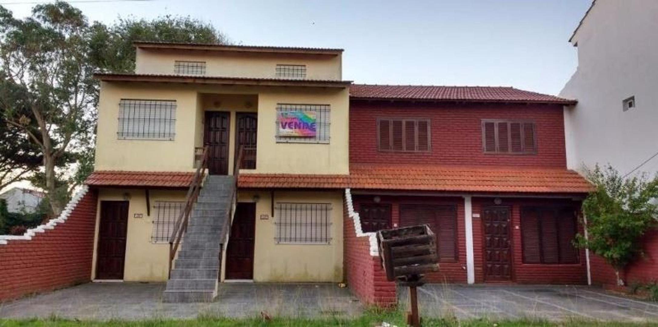 Dos duplex + cuatro departamentos EN BLOCK