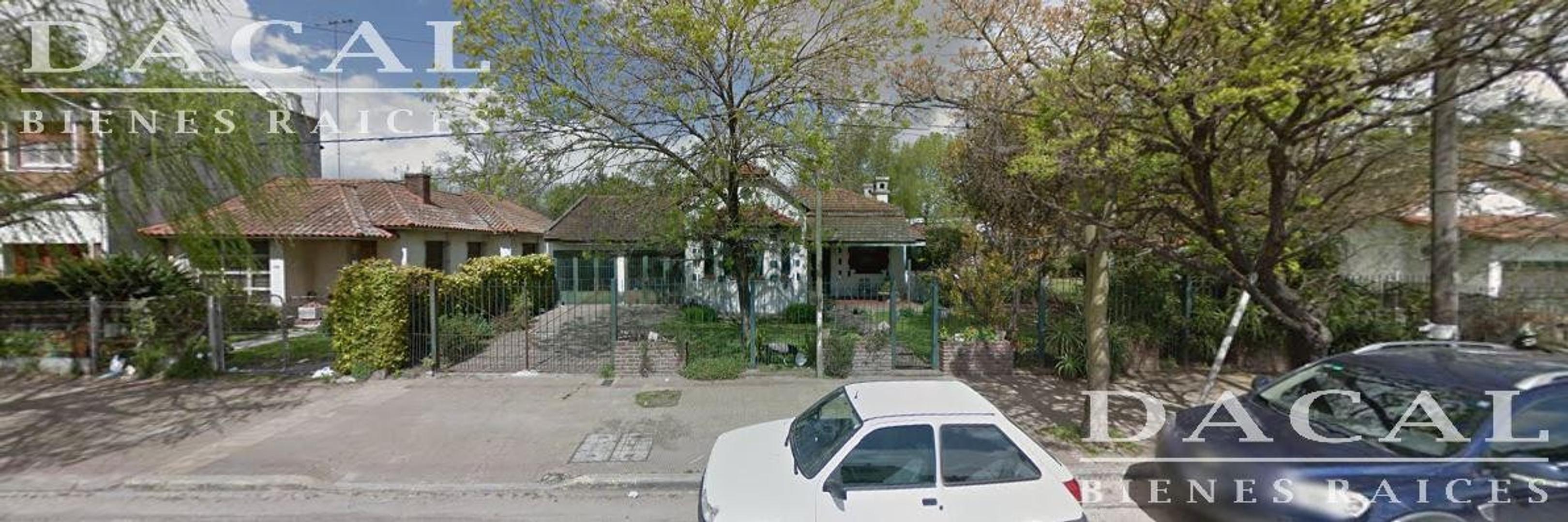 Casa en venta en City Bell Camino Centenario e/ 471 y 472 Dacal Bienes Raices
