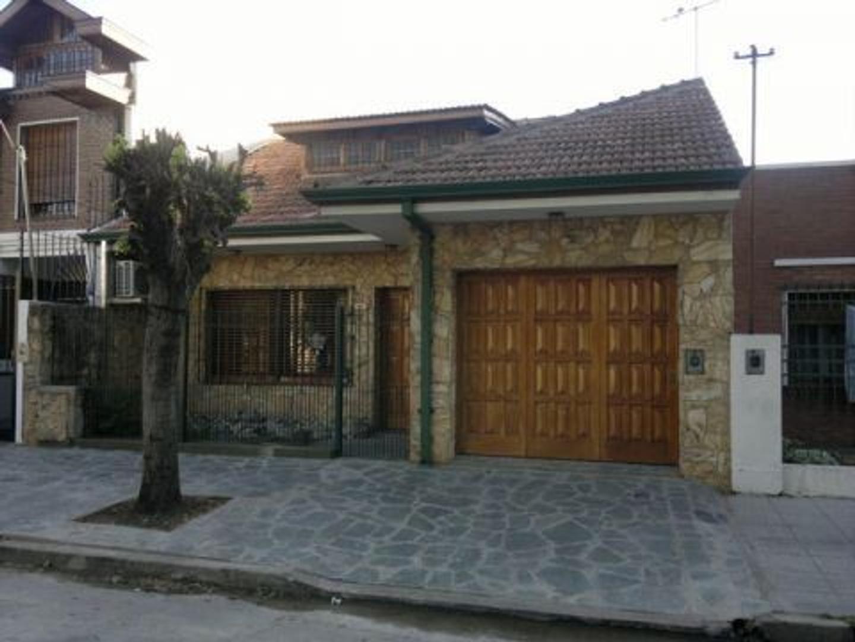 Casa en Venta en Quilmes - Monoambiente