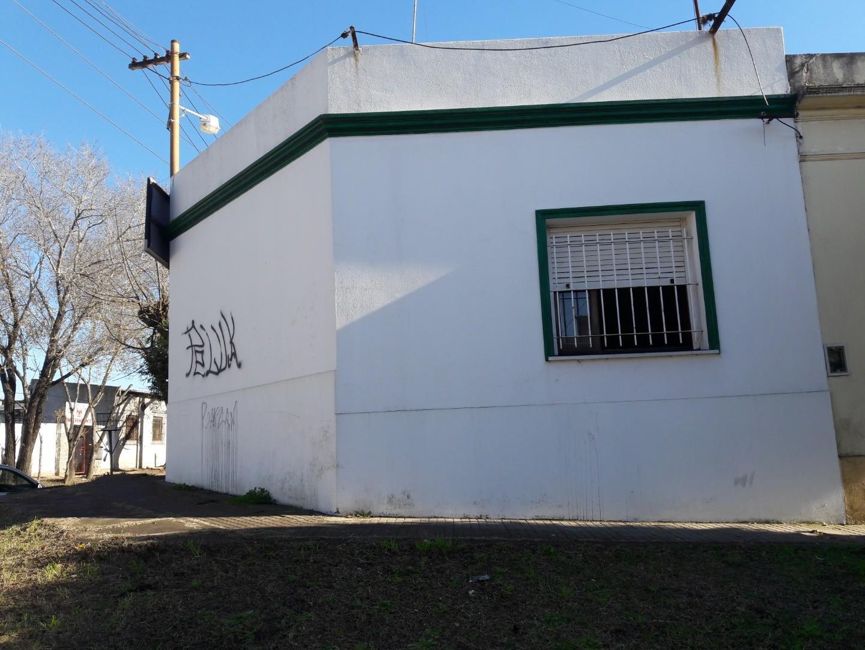 Casa en Venta en Berisso - 2 ambientes