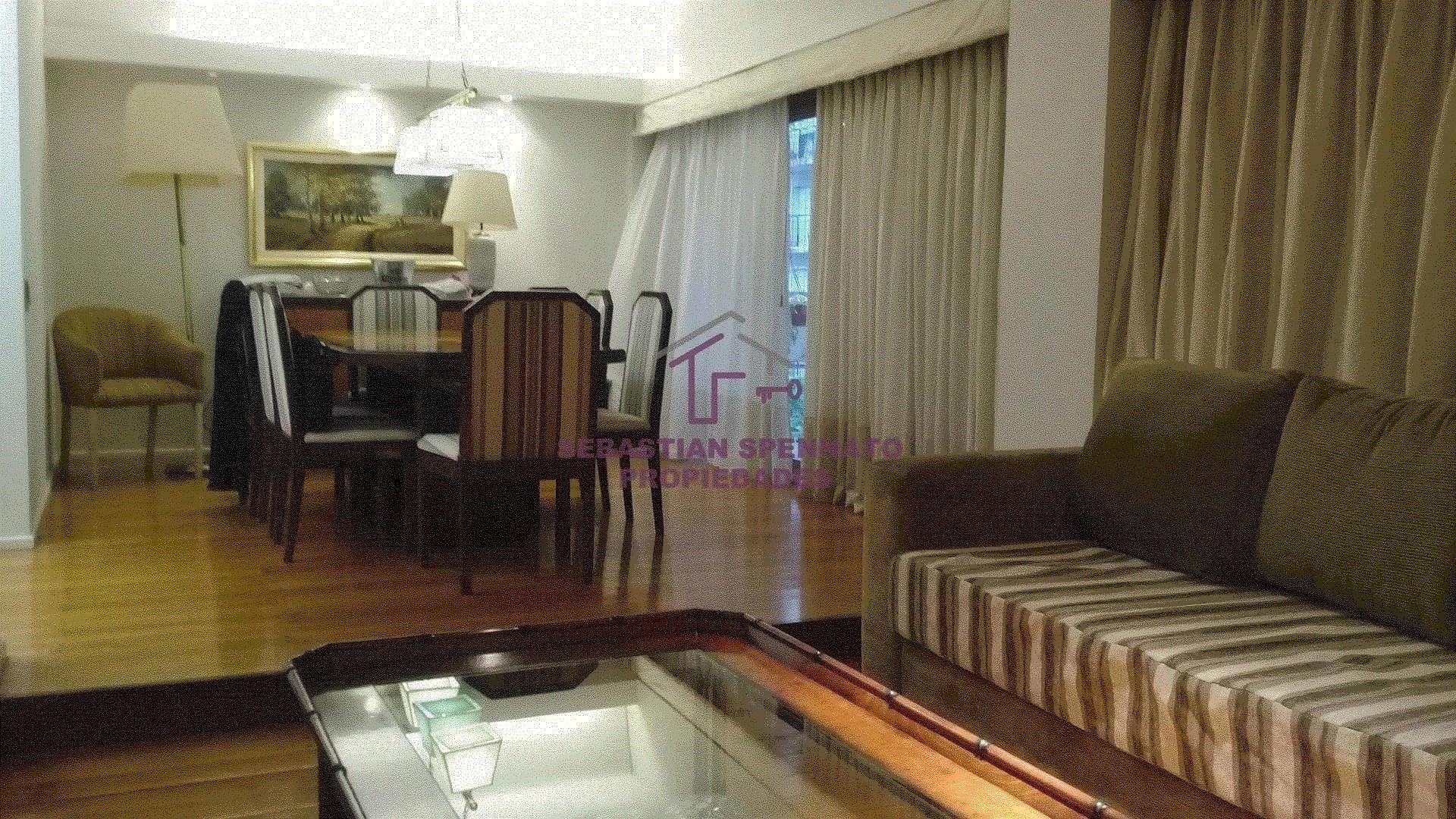 Piso entero - 4 dormitorios - 1 cochera fija y cubierta - Excelente estado
