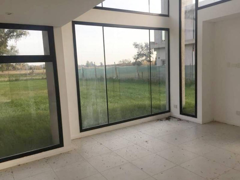 Casa 2 plantas 3 dormitorios + escritorio - a estrenar - excelente vista!