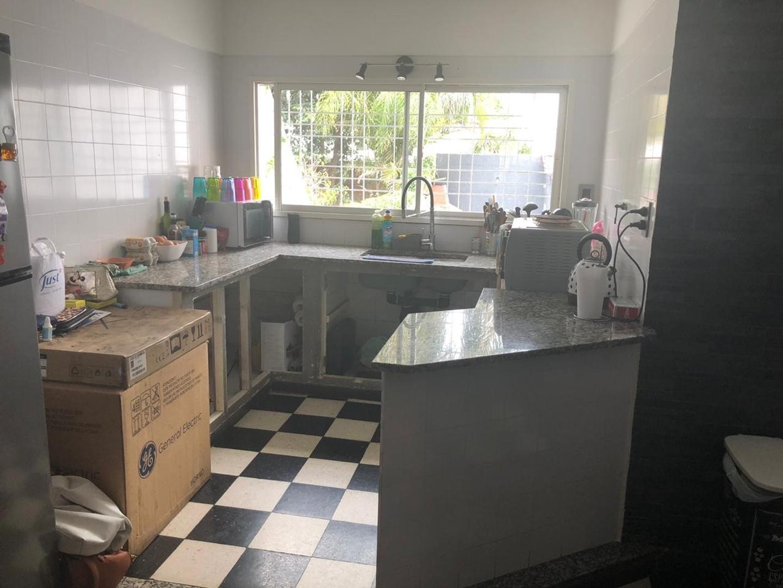 Casa - 234 m²   4 dormitorios   15 años