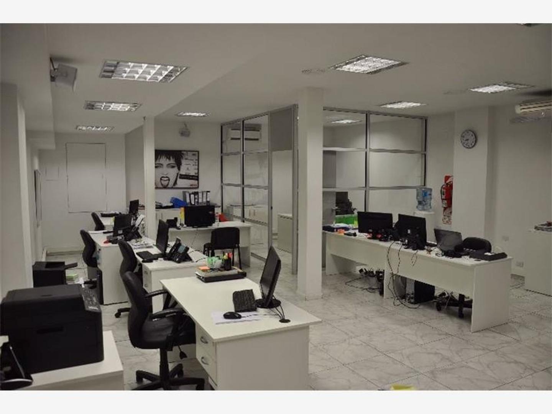 Importante Oficina Con Renta - Puerto Madero