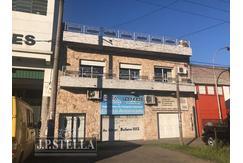 Local Comercial / Industrial - Dpto 3 Amb. en Planta Alta - Monseñor Bufano 1010 - Villa Luzuriaga