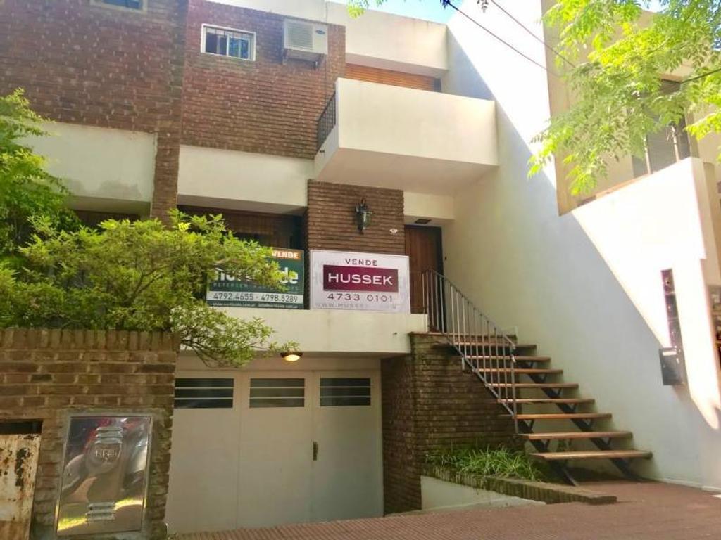 Ideal PH en Venta, ubicado a dos cuadras de Av. del Libertador, en Martínez.