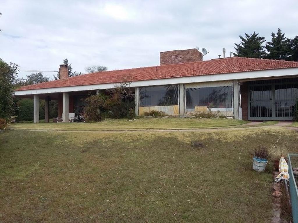 Excelente propiedad, en Villa Giardino, Códoba