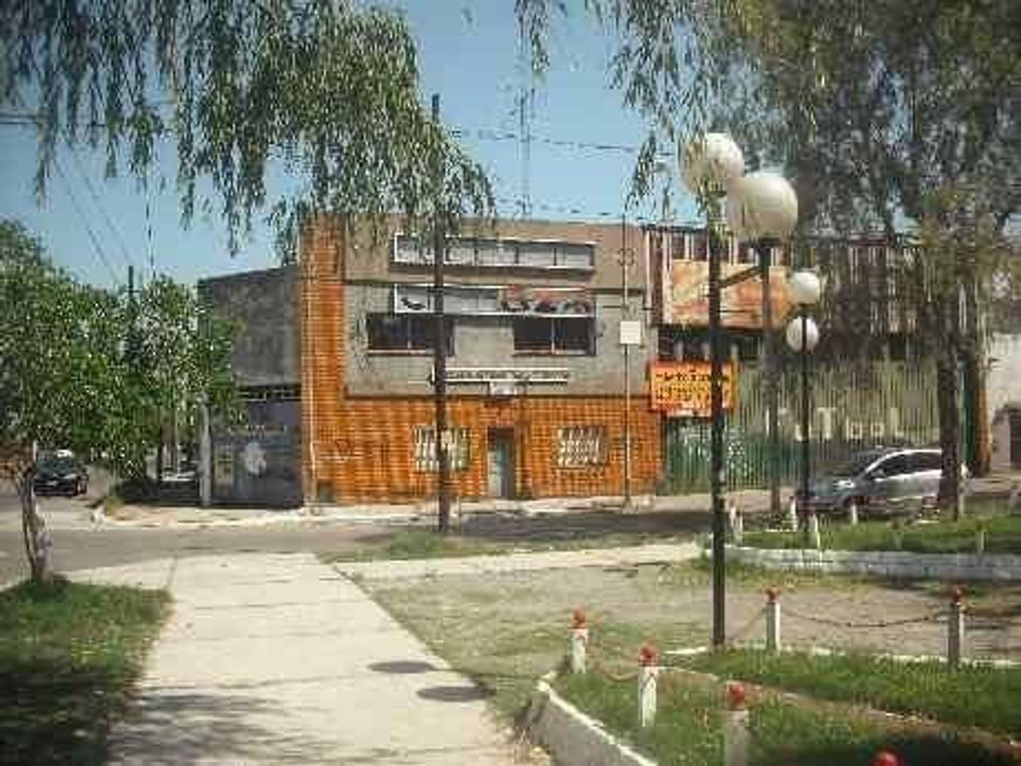 Santiago Plaul 1995 - Villa Industriales