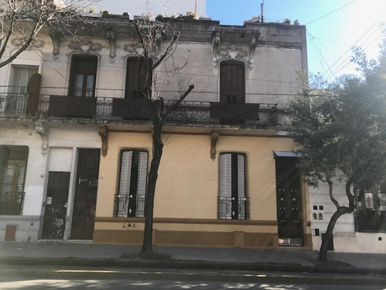 TIPO CASA EN ALQUILER PARA USO COMERCIAL ( SIN EXPENSAS)
