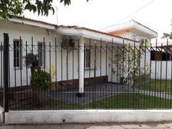 Chalet en Venta en Los Polvorines, Barrio Textil
